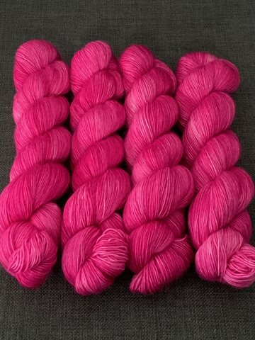 By Emra Kidmohair Singles Passion for Pink